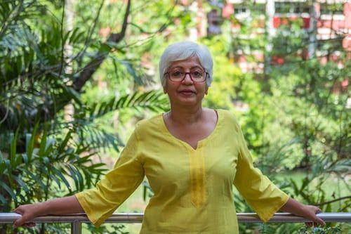 mujeres de 50 emprendiendo - Franquicias para mayores de 50 años