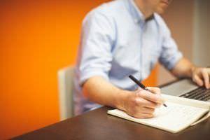 negociar un contrato de franquicia 300x200 - ¿Cuanto ganaré con una franquicia?, el plan de negocio de una franquicia